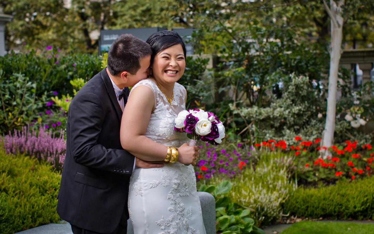 chinese wedding photography in Belfast city hall and the red panda