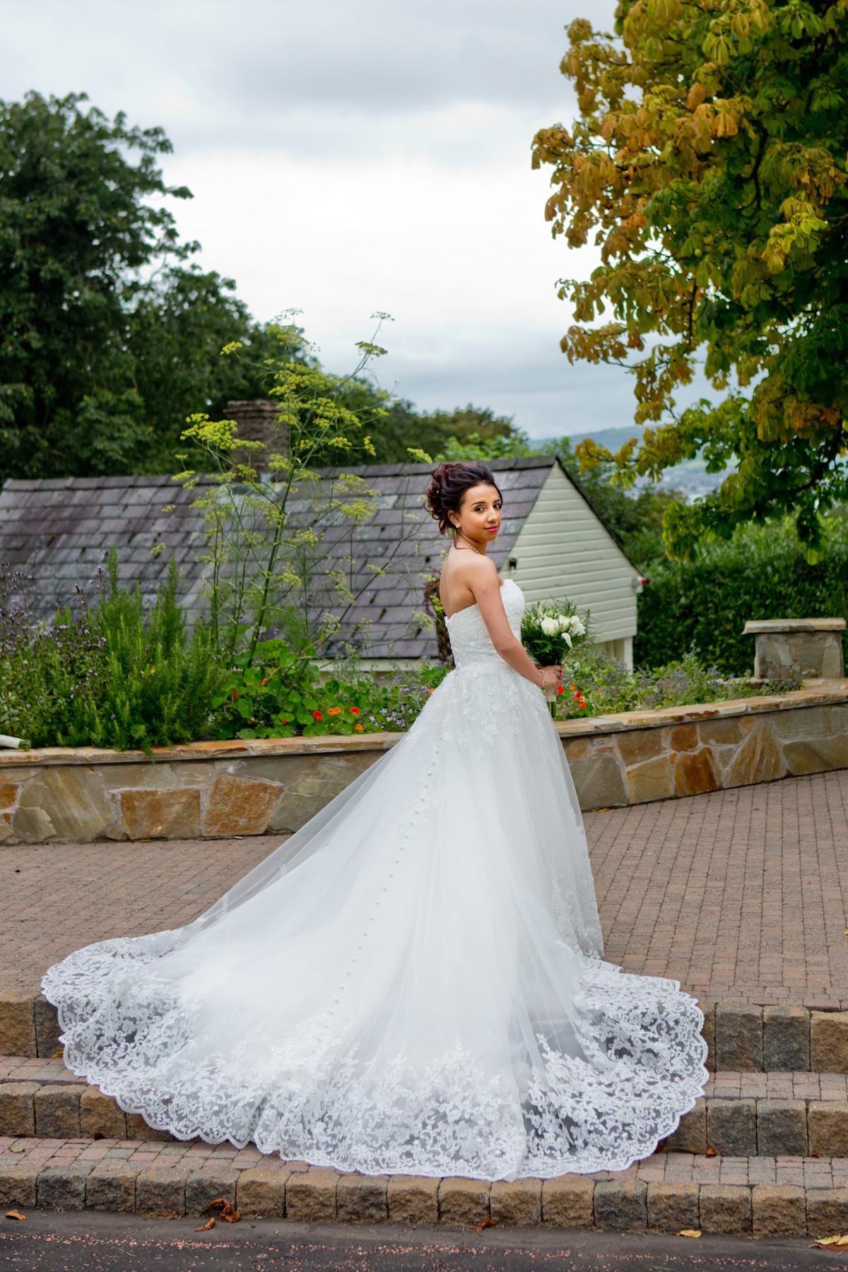 wedding photographer at the culloden hotel