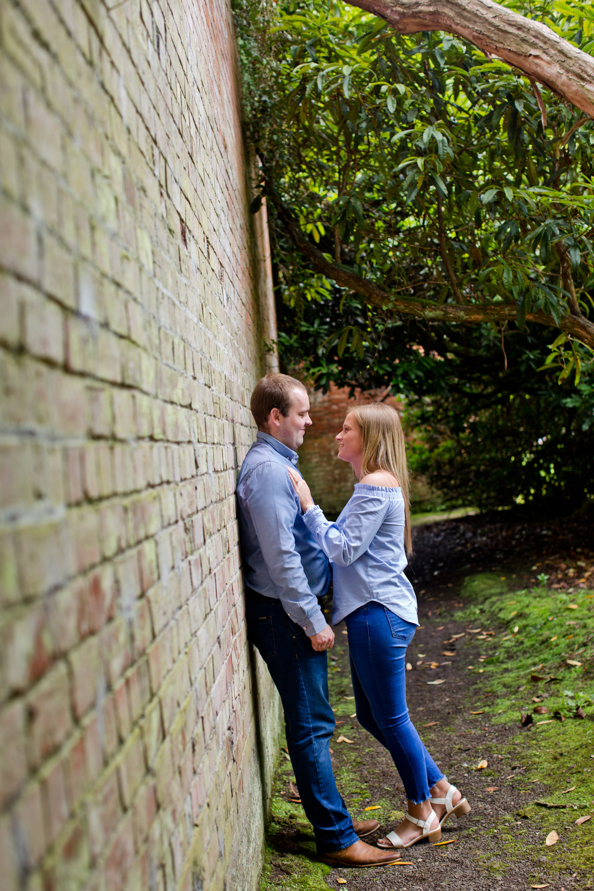 engagement photography sarah and gavin in Lady Dixon Park